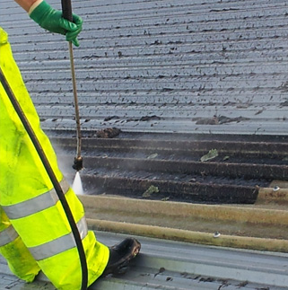 Waterblasting a roof